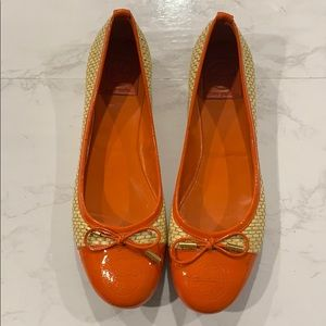 Tory Burch orange cap and woven flats